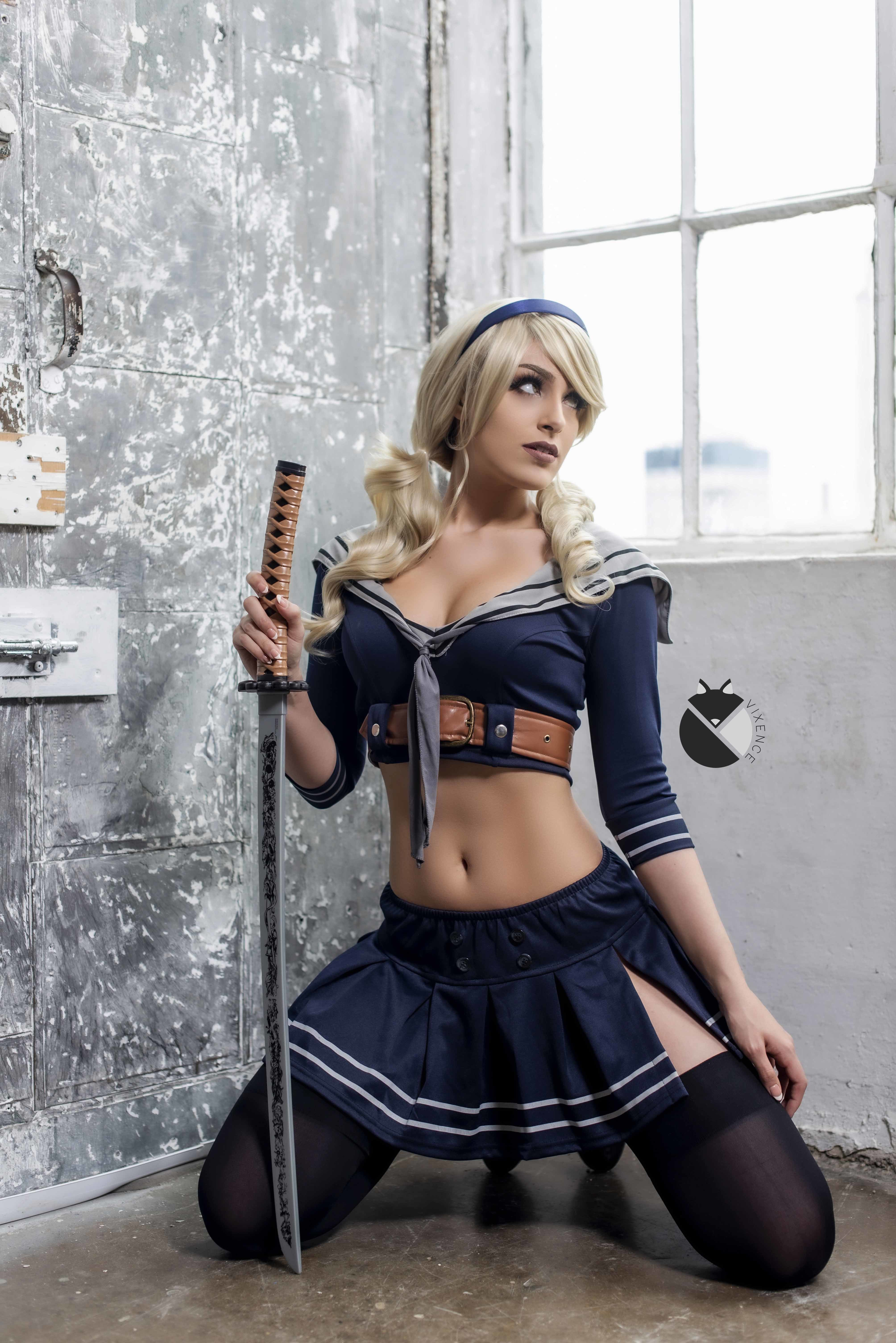 Sexy girls cosplay on twitter